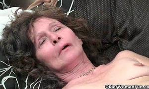Saggy granny in nylons masturbates bushy cum-hole