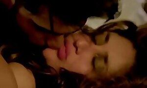 Kareena Kapoor Forced Sex with Arjun Kapoor