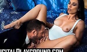 Digitalplaygournd - Assassin Aidra Fox goes deepthroat and deep undercover